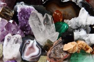 KRISTALNA ŠOLA - kristali in kristaloterapija @ Notranja Svetloba